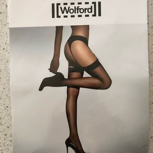 Wolford NWT Individual 10 cosmetic stocking Med